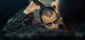 como cortarse el pelo uno mismo