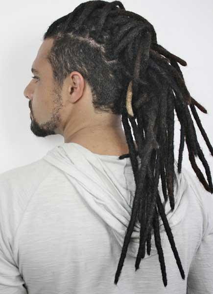 Corte de cabello Afro con Rastas Largas